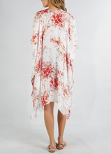 Load image into Gallery viewer, X Kinsley Kimono - Floral