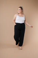 Load image into Gallery viewer, Sammie Cropped Pants in Black - Smith & Vena Online Boutique