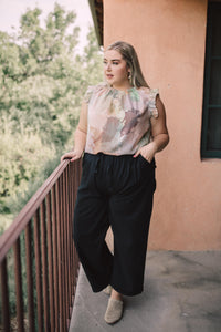 Sammie Cropped Pants in Black - Smith & Vena Online Boutique