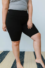 Load image into Gallery viewer, Aero Biker Shorts In Black - SAMPLE - Smith & Vena Online Boutique