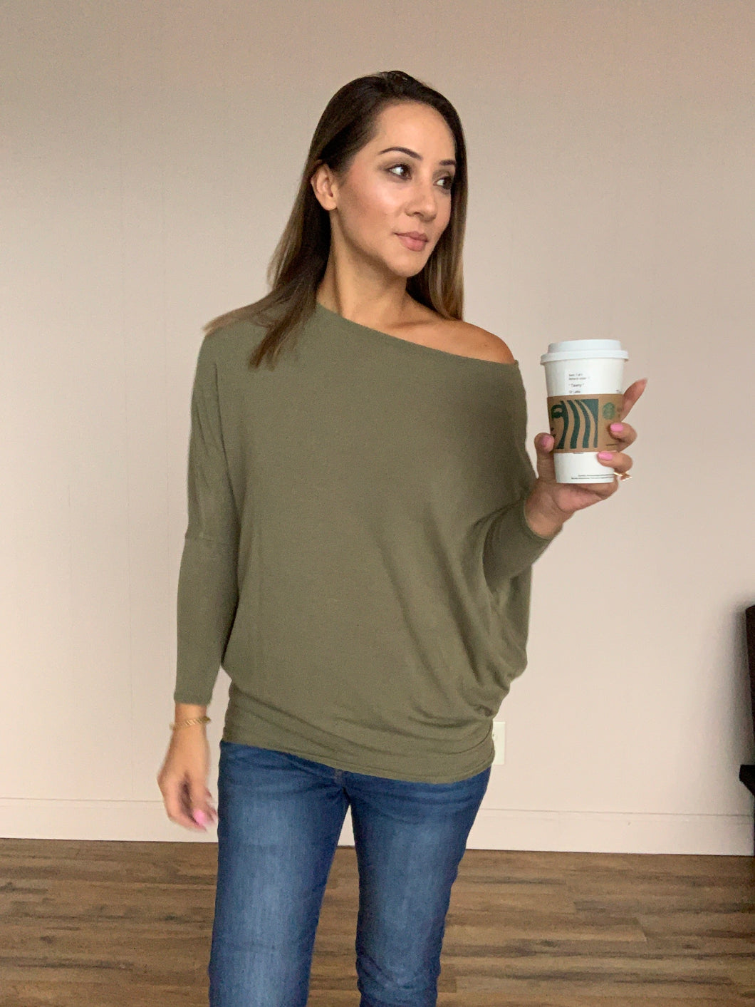 Joleen Dolman Top - Olive - Smith & Vena Online Boutique