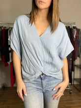 Load image into Gallery viewer, Mia Top - Dusty Blue FINAL SALE - Smith & Vena Online Boutique