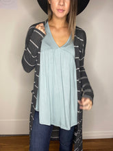 Load image into Gallery viewer, Northside Cardi in Gray