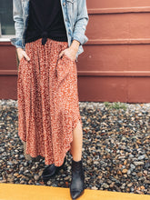 Load image into Gallery viewer, Edie Woven Midi Skirt - Brick- FINAL SALE - Smith & Vena Online Boutique