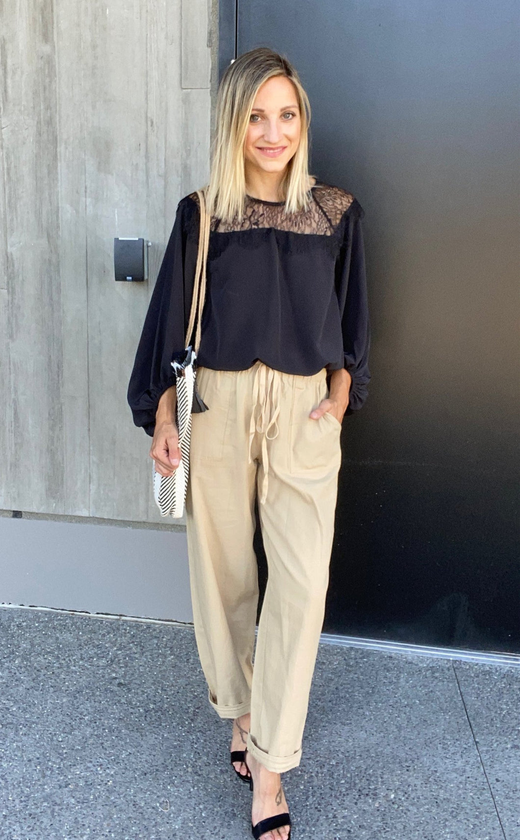 Sammie Cropped Pants In Sand - SAMPLE - Smith & Vena Online Boutique