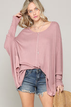 Load image into Gallery viewer, Dylan Oversized Top- Mauve - Smith & Vena Online Boutique
