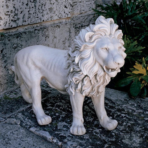 Left Regal Lion of Grisham Manor Statue - Sculptcha