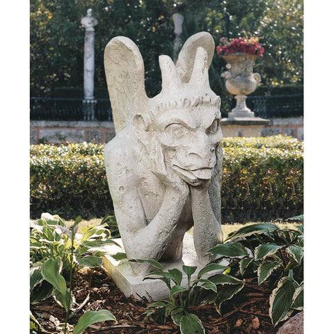 Giant Spitting Gargoyle of Notre Dame Statue - Sculptcha