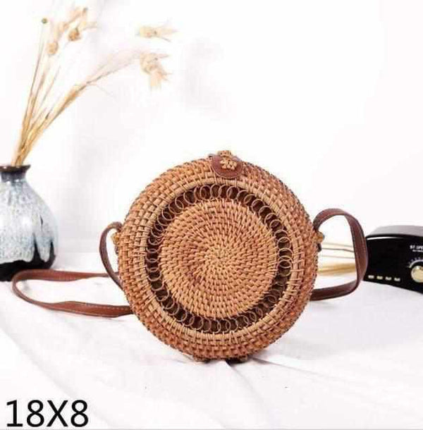La Maison du Bambou 18x8cm Woven Rattan Bag Round Straw Shoulder Bag Small Beach HandBags Women Summer Hollow Handmade Messenger Crossbody Bags