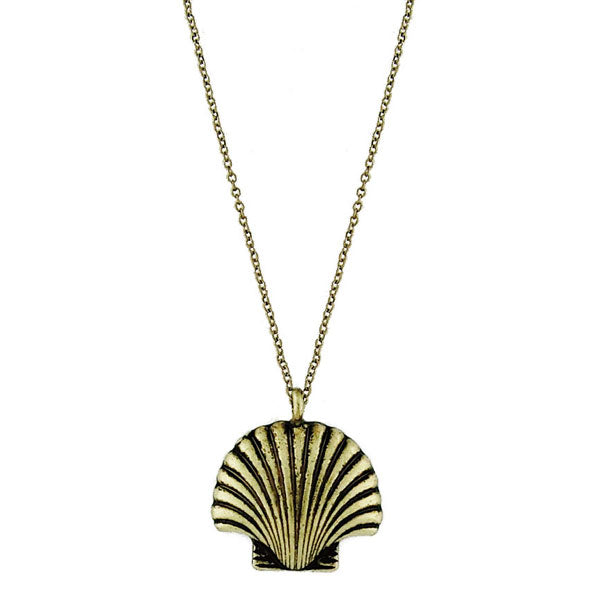 2-013N: scallop shell necklace