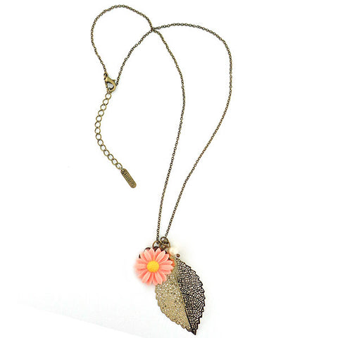 Shop LAVISHY's lovely & affordable resin Daisy flower, silver or 12k gold plated filigree leaf pendant & fresh water pearl necklace. A great gift for you or your girlfriend, wife, co-worker, friend & family. Wholesale available at www.lavishy.com with many unique & fun fashion accessories.