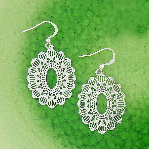 Shop LAVISHY sterling silver plated filigree earrings. For gift shop, boutique and corporate volume buyer to place wholesale order, please visit http://www.lavishy.com/lookbook/lavishy-abiya-collection-wholesale-925silver-12k-gold-plating-filigree-earrings-necklaces-look-book.htm