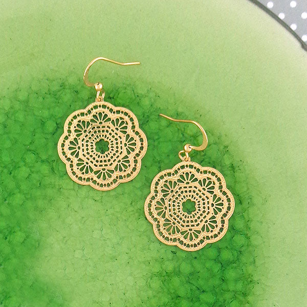 Shop LAVISHY 12k gold plated filigree earrings. For gift shop, boutique and corporate volume buyer to place wholesale order, please visit http://www.lavishy.com/lookbook/lavishy-abiya-collection-wholesale-925silver-12k-gold-plating-filigree-earrings-necklaces-look-book.htm