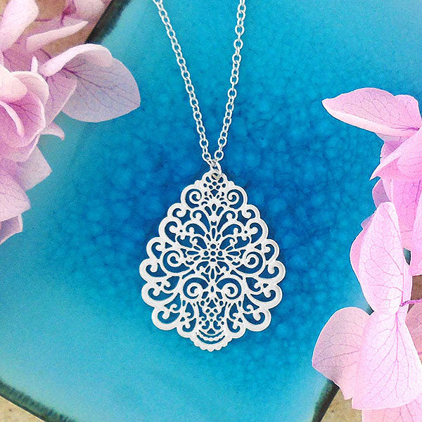 Shop LAVISHY 925 sterling silver plated filigree necklaces. For gift shop, boutique and corporate volume buyer to place wholesale order, please visit http://www.lavishy.com/wholesale/lavishy-wholesale-silver-and-gold-plated-filigree-earrings-and-necklaces.htm