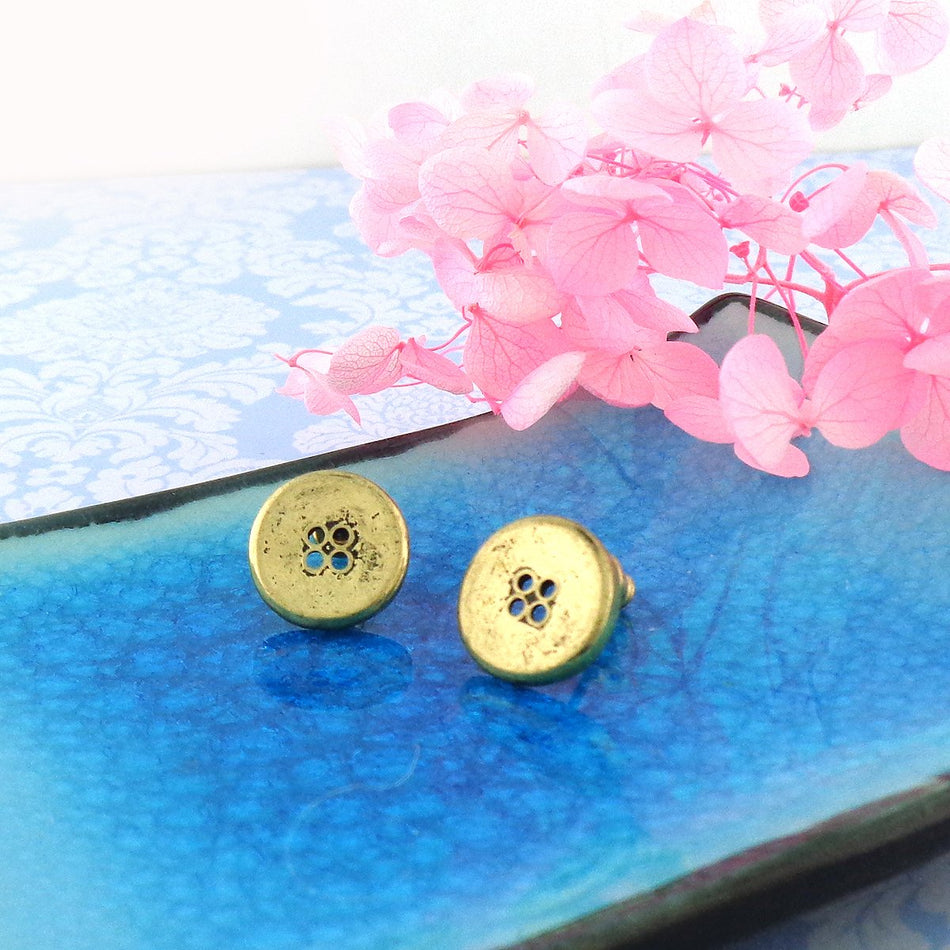 Shop LAVISHY's unique, beautiful & affordable retro style button stud earrings. A great gift for you or your girlfriend, wife, co-worker, friend & family. Wholesale available at www.lavishy.com with many unique & fun fashion accessories.