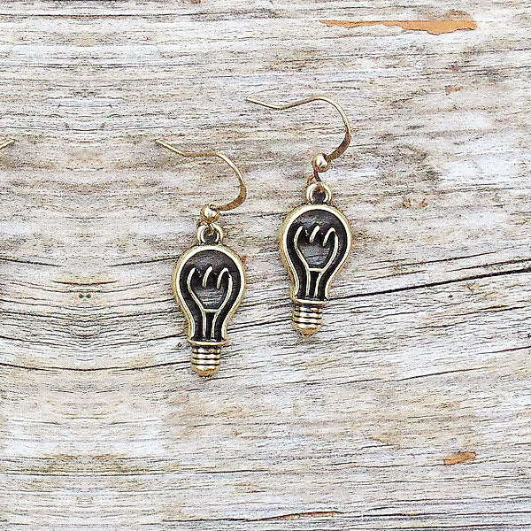 Shop LAVISHY's unique, beautiful & affordable retro style light bulb  earrings. A great gift for you or your girlfriend, wife, co-worker, friend & family. Wholesale available at www.lavishy.com with many unique & fun fashion accessories.