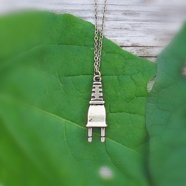 Online shopping for LAVISHY's unique, beautiful & affordable retro style electrical plug necklace. It's fun to wear everyday also make great gift for your family & friends. Wholesale at www.lavishy.com with many unique & fun fashion accessories to gift shop, clothing & fashion accessories boutique, book store since 2001.