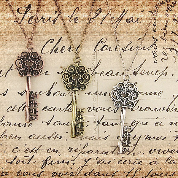 883-102: Key of love necklace