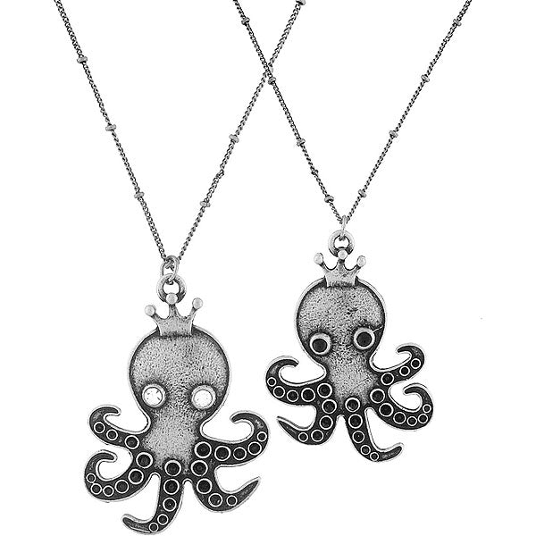 Shop LAVISHY's fun & affordable vintage style reversible vintage look Octopus pendant long necklace. A great gift for you or your girlfriend, wife, co-worker, friend & family. Wholesale available at www.lavishy.com with many unique & fun fashion accessories.