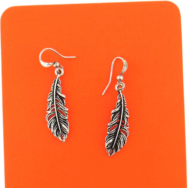 Online shopping for PETA approved vegan brand LAVISHY's unique, beautiful, affordable & meaningful handmade vintage style feather earrings. A thoughtful gift for you or your girlfriend, wife, co-worker, friend & family. Wholesale at www.lavishy.com with many unique & fun fashion jewelry.