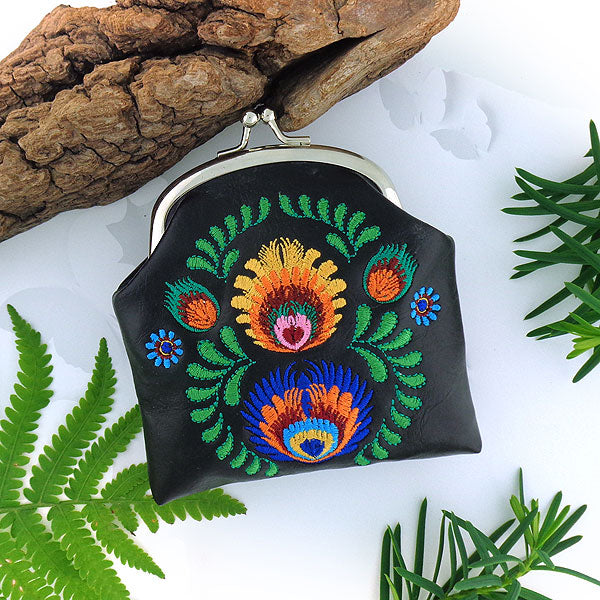 Shop vegan brand LAVISHY's bohemian Polish flower embroidered kiss lock frame vegan coin purse that is Eco-friendly, ethically made, cruelty free. Great for everyday use or a gift for your family & friends. Wholesale at www.lavishy.com to gift shops, fashion accessories & clothing boutiques worldwide since 2001.