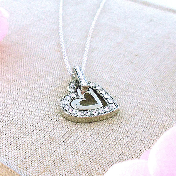 CO-069: Heart necklace with Austrian crystal accent