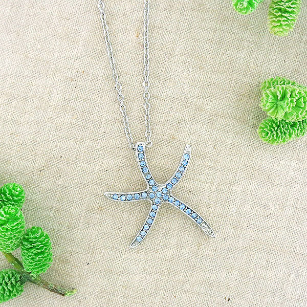 CO-077: Starfish pendant necklace with Austrian crystal accent