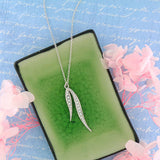 CO-106: Leaf necklace with Austrian crystal accent