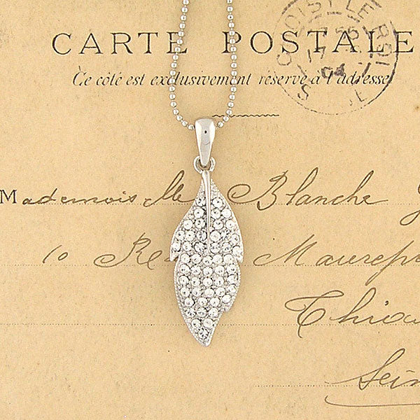 CO-109: Leaf necklace with Austrian crystal accent