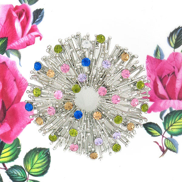 CO-136: Austrian crystal studded brooch