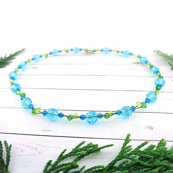 GN002: Handmade glass chocker/bracelet