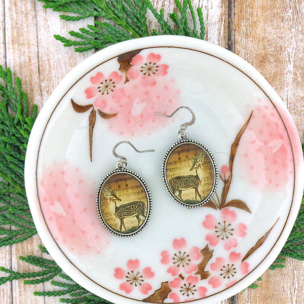 E003: Deer earrings