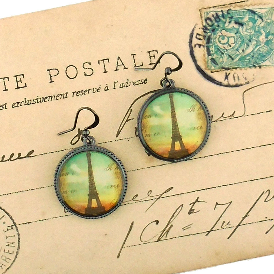 Online shopping for LAVISHY handmade vintage style Paris Eiffel Tower earrings. Great gift idea for friends & family. Wholesale at www.lavishy.com to gift shops, clothing & fashion accessories boutiques, book stores in Canada, USA & worldwide.