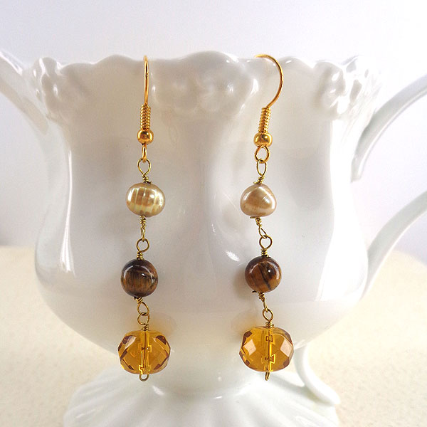 Online shopping for LAVISHY handmade tiger eye stone and crystal beads earrings. A thoughtful gift for you or your friends and family. They come with FREE LAVISHY gift box to make gift giving easy and fun!