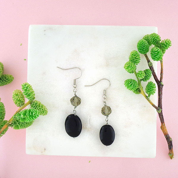Online shopping for LAVISHY handmade onyx stone stone and crystal beads drop earrings. A thoughtful gift for you or your friends and family. They come with FREE LAVISHY gift box to make gift giving easy and fun!