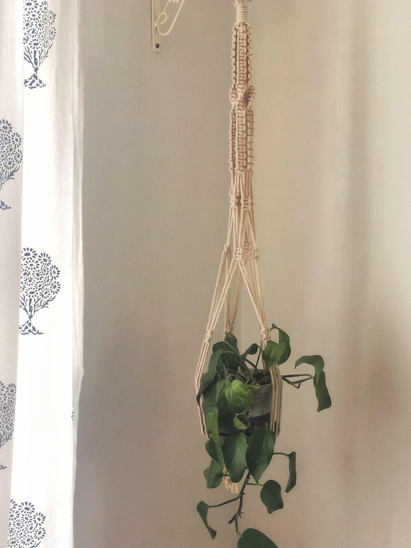 Macrame Plant Hanger - Square & Twisted
