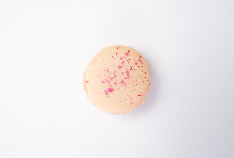 Strawberry and balsamic vinegar macaron