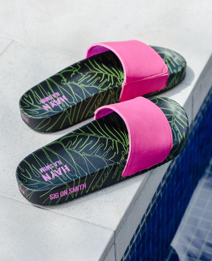 SIG ON SMITH x HAYN x ILASWIM - Neon Pink Slides