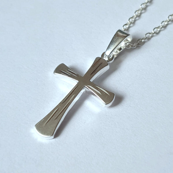 925 Solid Silver Diamond Cut Cross Pendant 20x12mm - Charming and Trendy Ltd