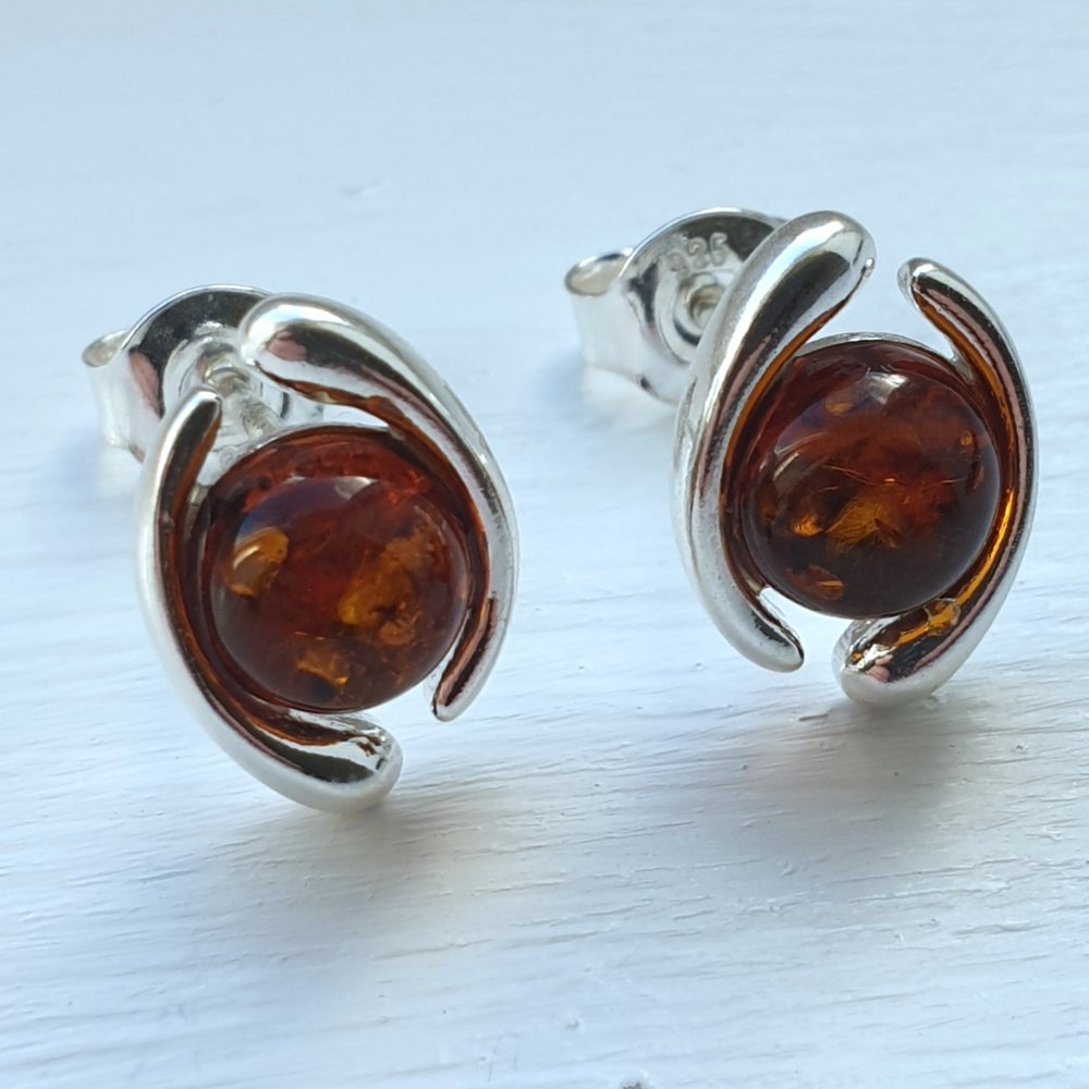 925 Sterling Silver Swirl & Baltic Amber Round Stud Earrings - Gift Boxed - Charming And Trendy Ltd