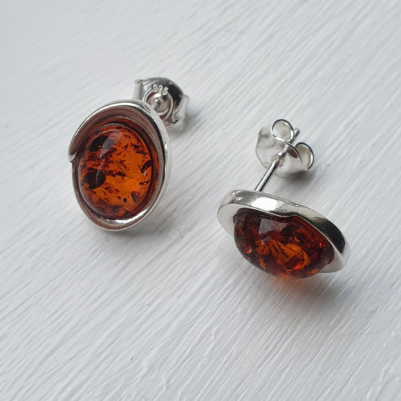 925 Sterling Silver & Baltic Amber Oval Stud Earrings - Gift Boxed - Charming And Trendy Ltd