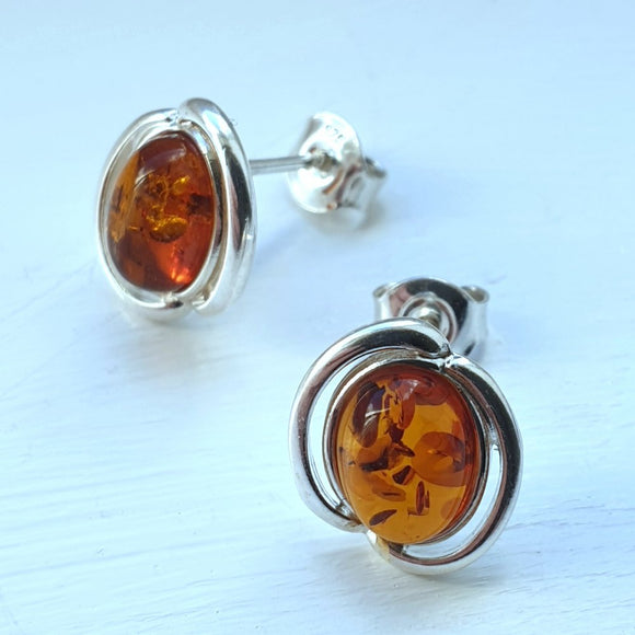 925 Sterling Silver Swirl & Baltic Amber Oval Stud Earrings - Gift Boxed - Charming And Trendy Ltd