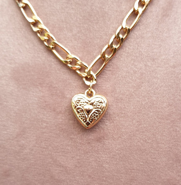 Metallic Gold Coloured Necklace and Heart Pendant - Charming And Trendy Ltd