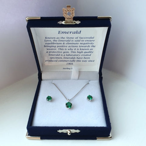 925 Sterling Silver Emerald Solitaire Pendant & Stud Earring Set (Boxed) - Charming And Trendy Ltd