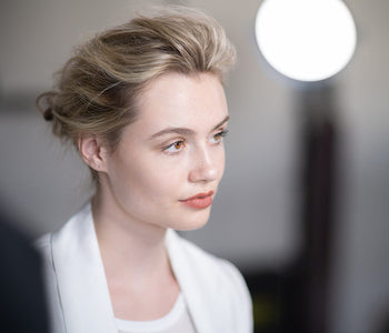 How To Use a Dry Texture Spray To Create a Low Chignon