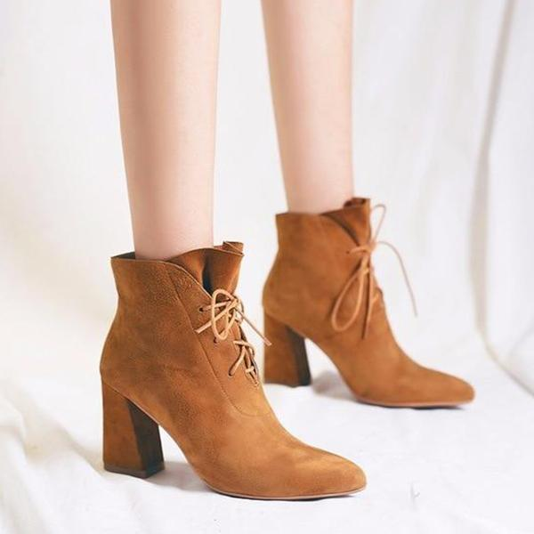 Shoesprit Fashion Point Toe Lace-up Boots