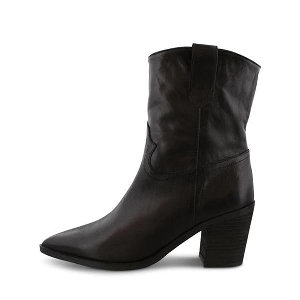 Shoesprit Pointed Toe Mid Heel Ankle Boots