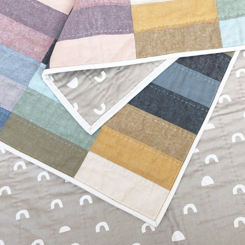 Essex Linen Paint Lake Quilt And Backing