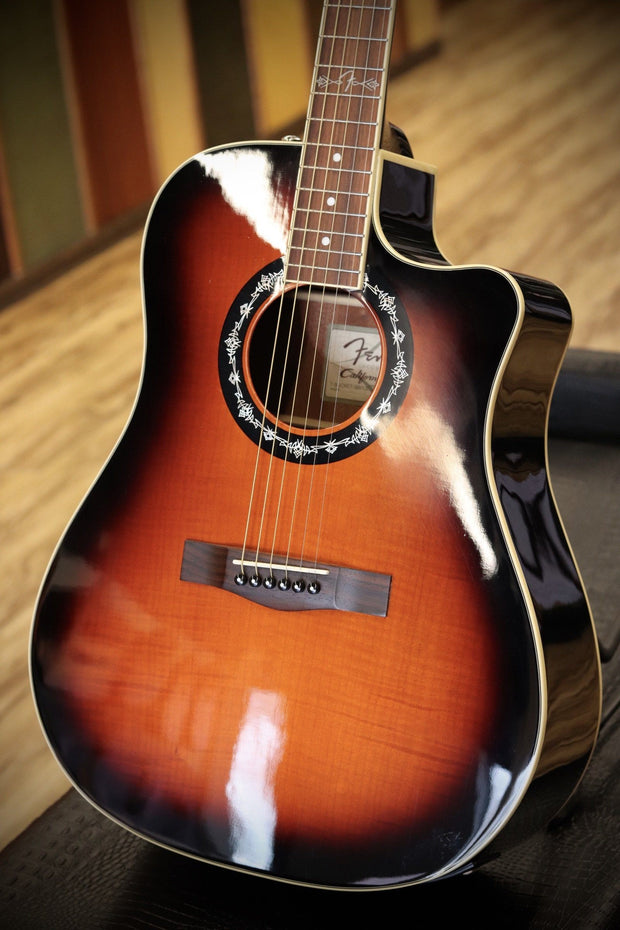 Fender Acoustic T-Bucket 300CE Amber Burst w/case (USED) Acoustic Guitar Fender