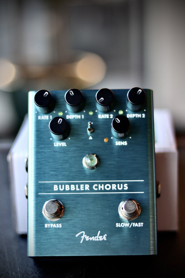Fender Bubbler Analog Chorus Pedal Effects & Pedals Fender
